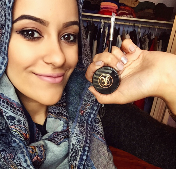 How To Get On Fleek Eyebrows Video Muslim Girl