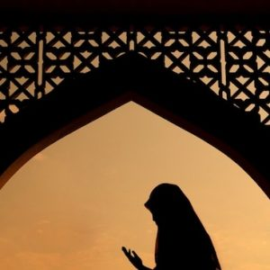 woman-hijab-muslim-pray