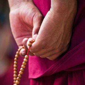 Buddhist_prayer_beads201