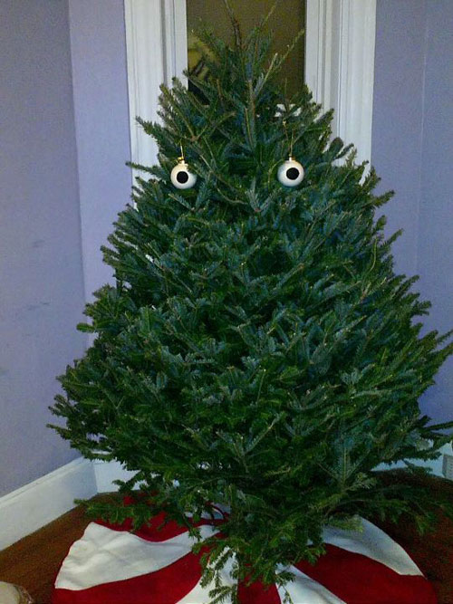 funny-Christmas-tree-balls