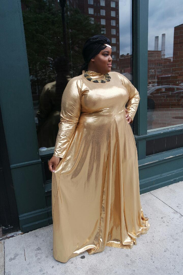 leah-vernon-plus-size-detroit-blogger-body-positive-muslim-girl-feminist-1