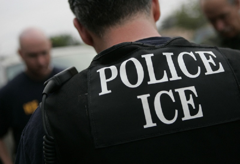 bd1539a5 Landlords Threaten to Call ICE on Undocumented Tenants | Muslim Girl