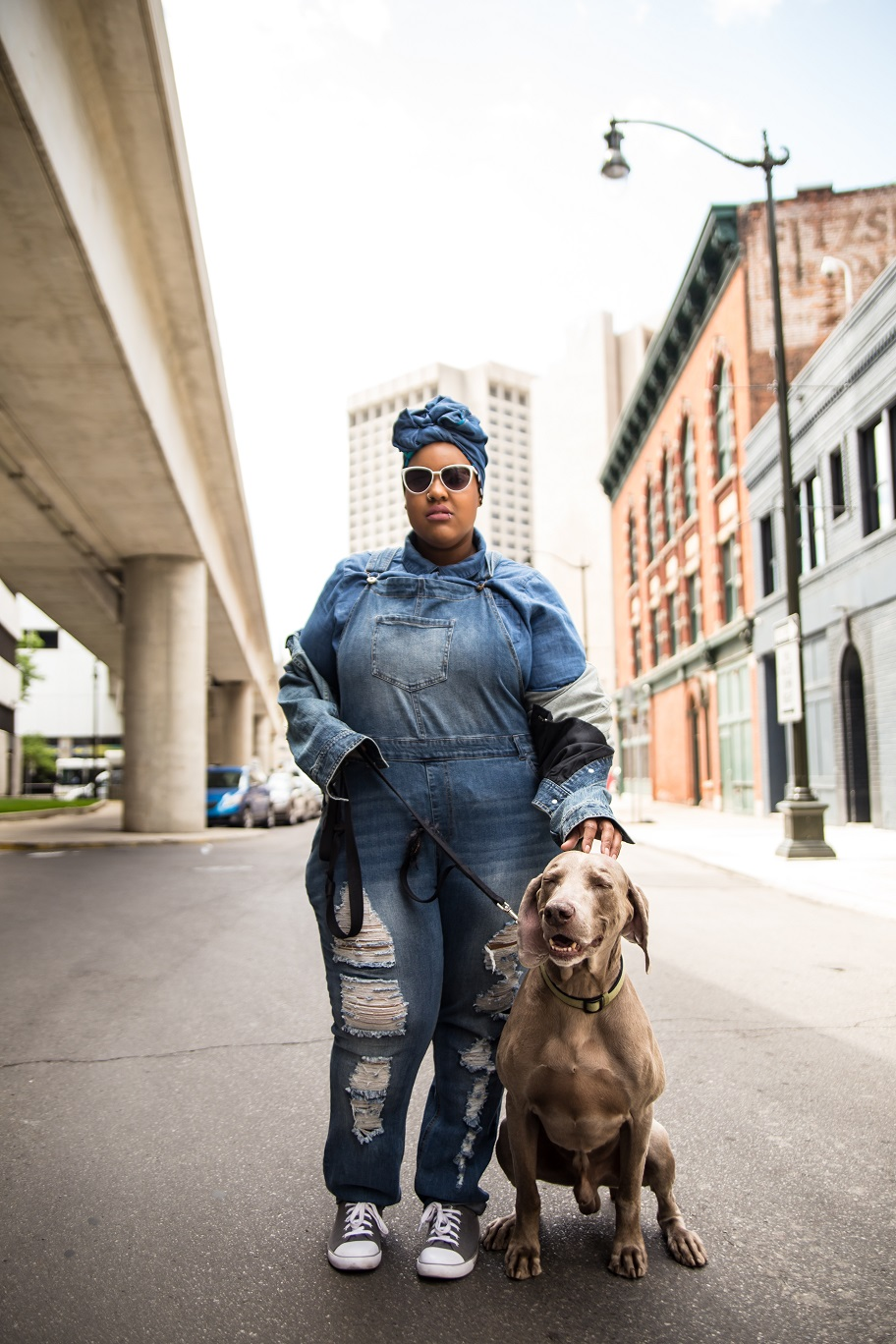 Leah-Vernon-Plus-Size-Model-Detroit-Blogger-Muslim-Girl-Body-positive-dogs-of-instagram