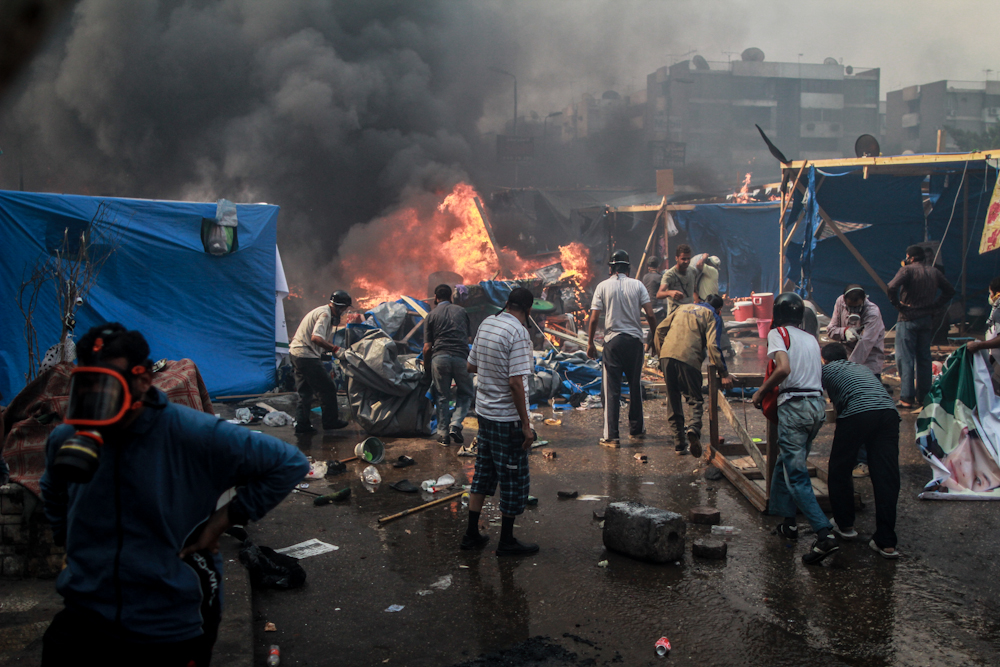 Rabaa_protesters(2)