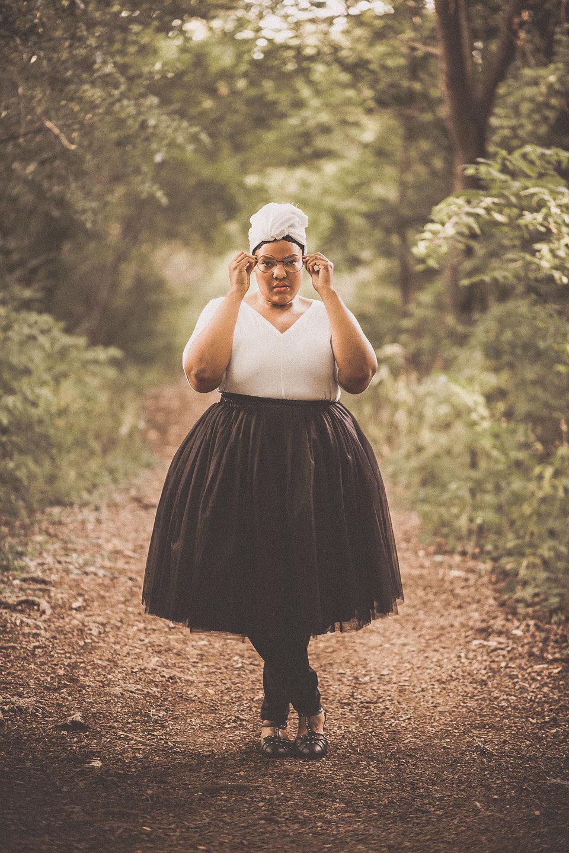Leah-Vernon-Body-Positive-Plus-Size-Model-Detroit-Muslim-Girl-Style-Blogger-1