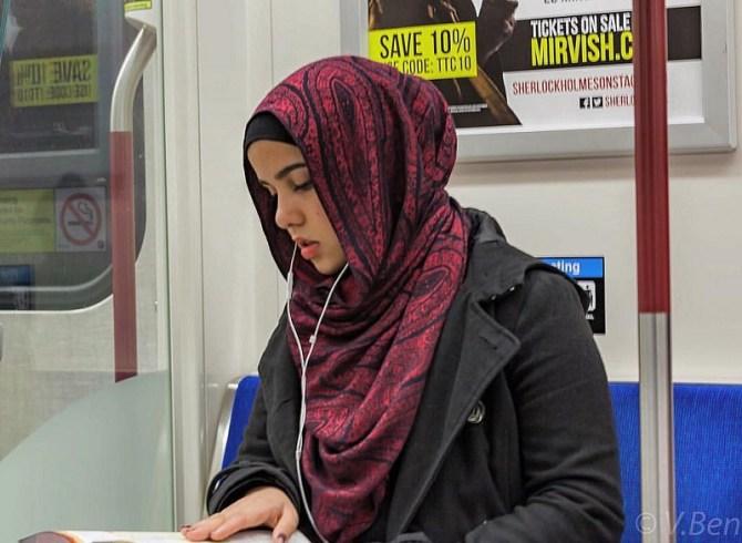 hijabi train